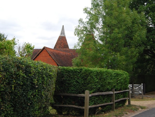 Ramhurst Oast house, Powder Mill Lane