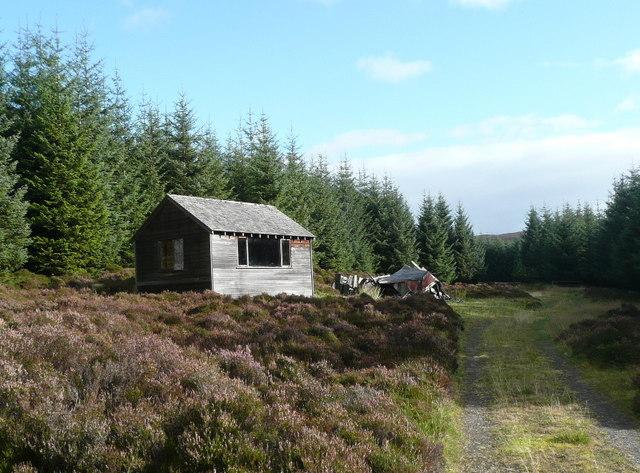 Shooting hut