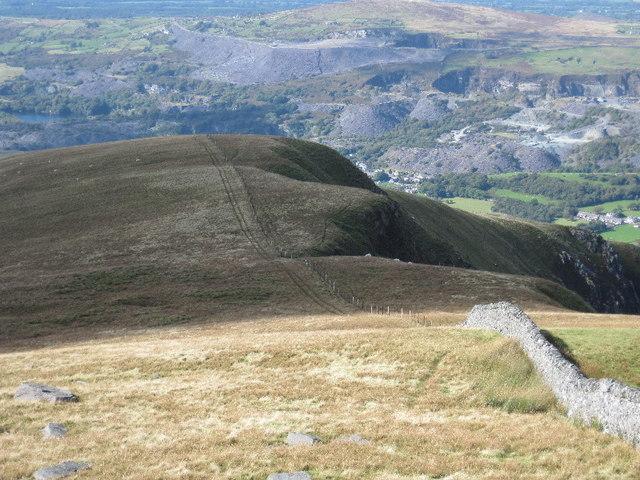 On the northwest ridge of Mynydd Tal-y-mignedd