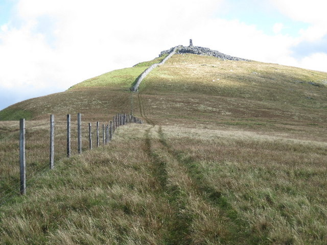 On the northwest ridge, looking towards the Obelisk