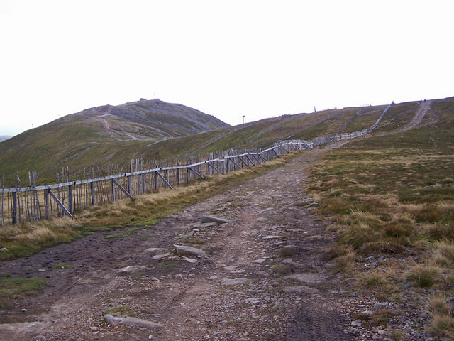 Track up The Cairnwell