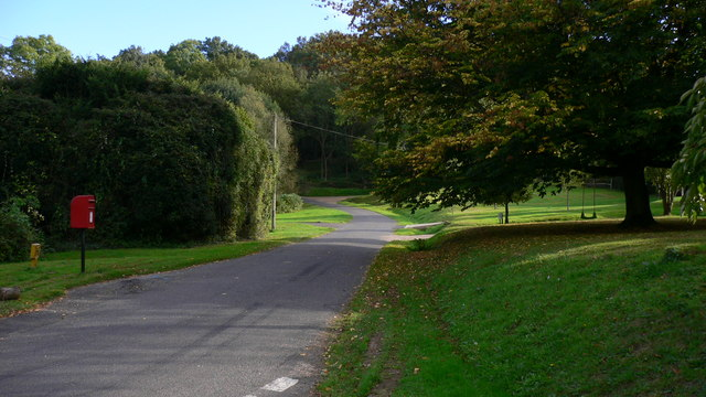 Road going south at Hillgrove