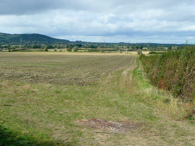 Farmland west of Dumbleton