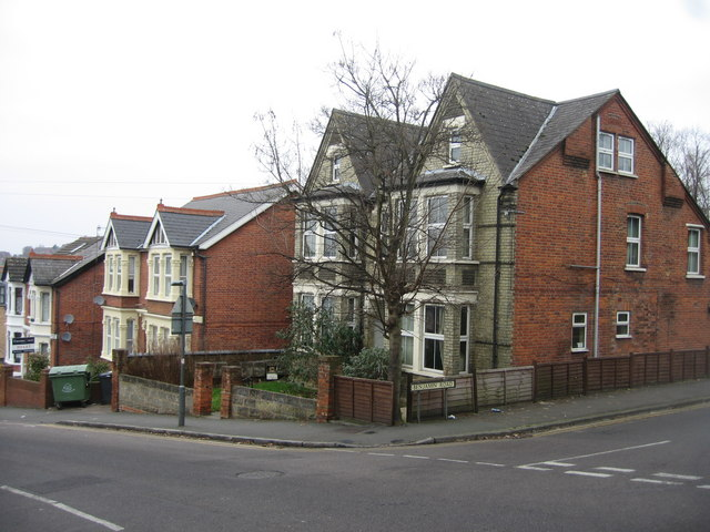Priory Road / Benjamin Road