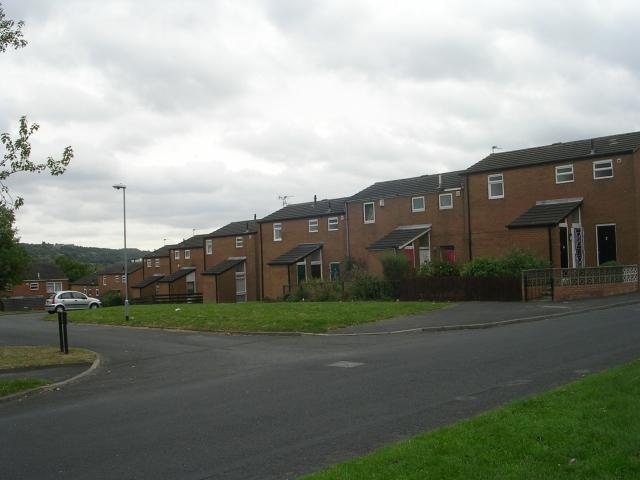 Cottingley Green - Cottingley Approach