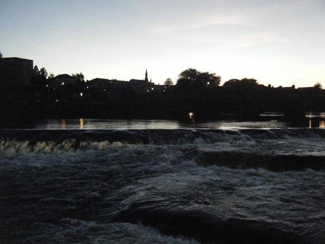 Weir on River Nith.