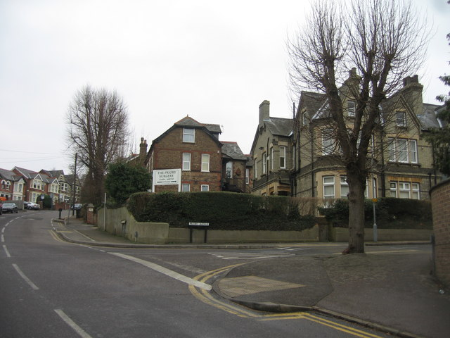 Priory Road / Priory Avenue