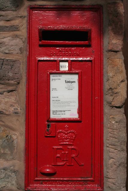 Elizabeth II Postbox, Holy Island