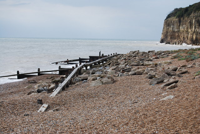 Wave Baffle & Groynes, Pett Level