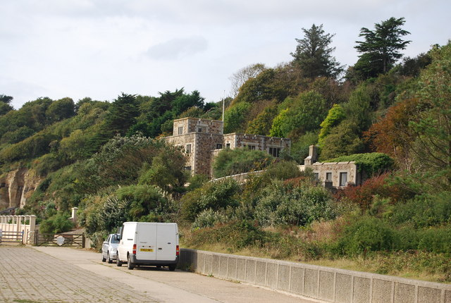 Large House at Cliff End
