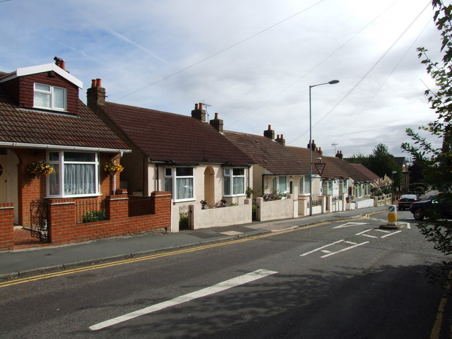 Birling Avenue, Rainham