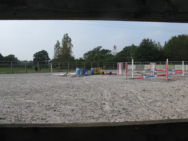Horse jumps at Bankfield Grange