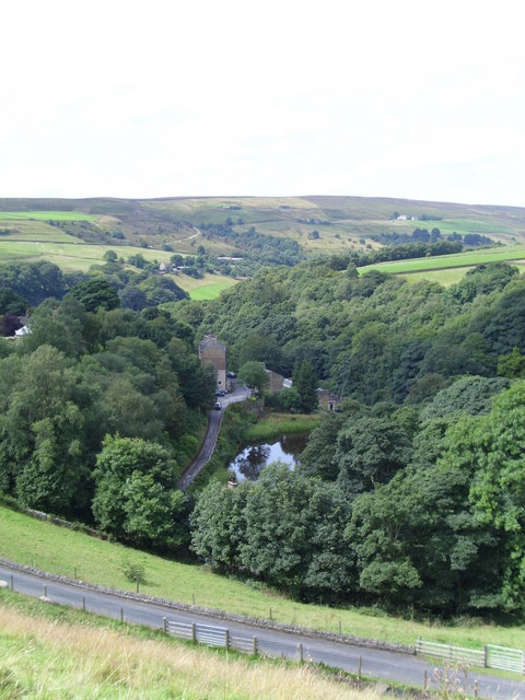 The valley of Caty Well Brook
