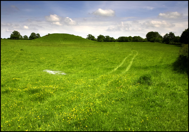 Thornborough Mounds.