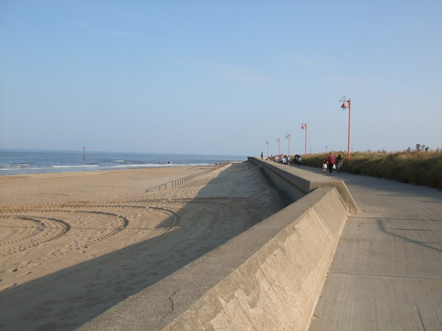 ''Sunken fence'' at Mablethorpe beach