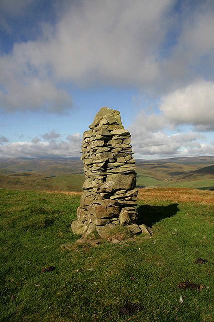 A cairn at Sundhope Height