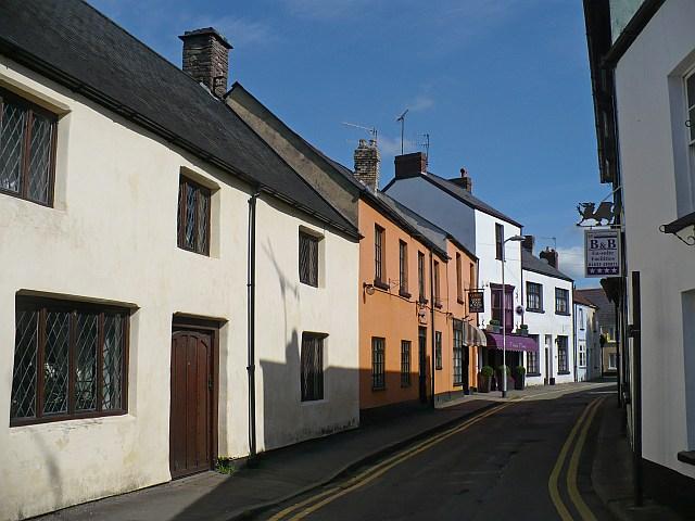 Cross Street, Caerleon