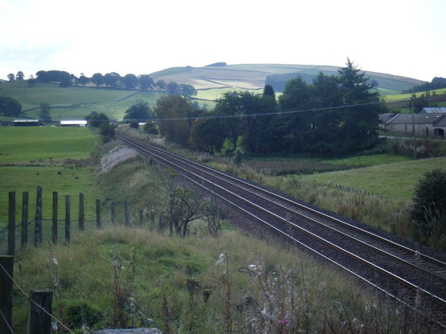 Railway lines south of Closeburn.