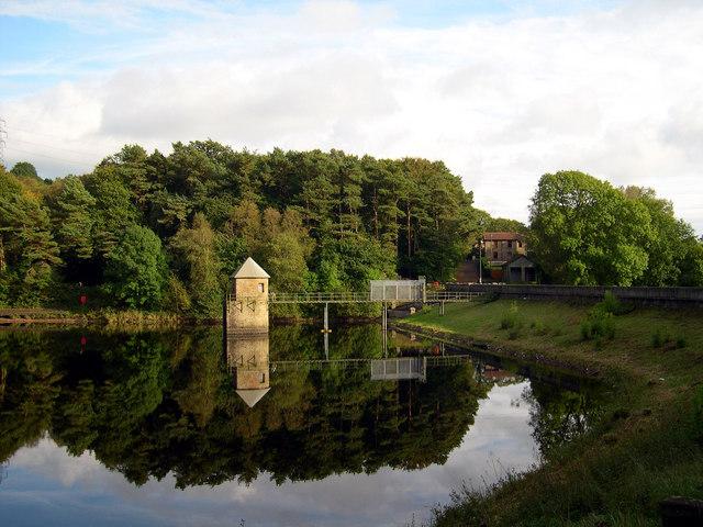 Lower Lliedi reservoir