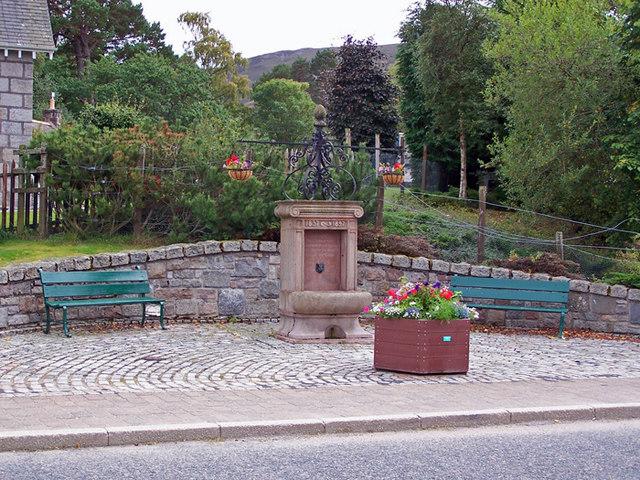 Commemorative fountain, Braemar