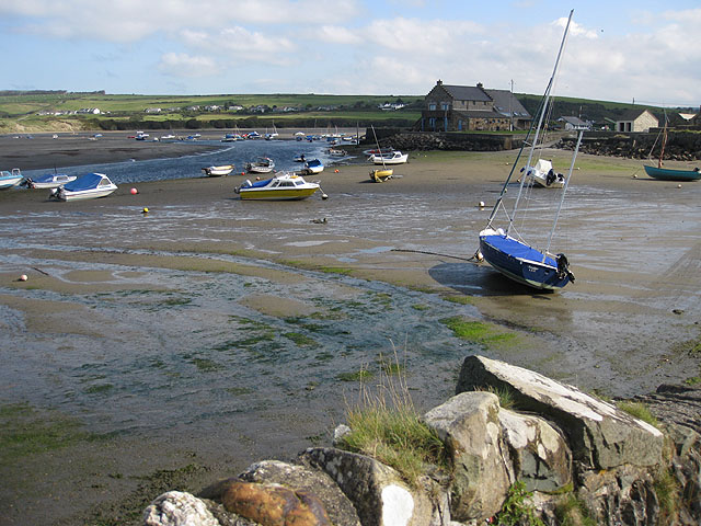 Afon Nyfer estuary at low tide