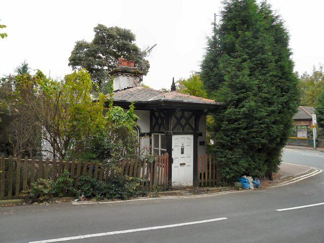 The Lodge, Kingston Gardens