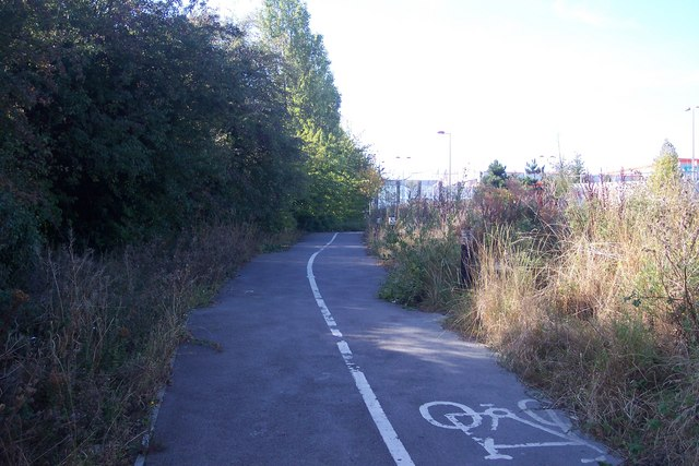 Footpath and cyclepath to B and Q Store