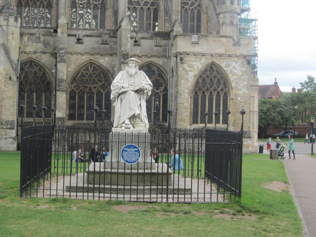Richard Hooker statue