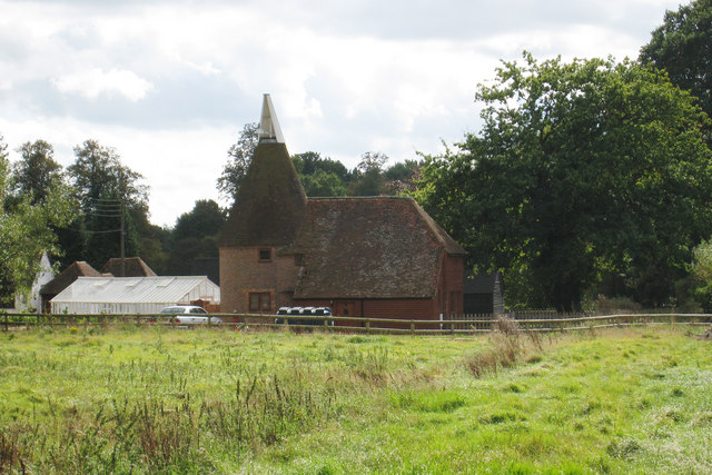 The oast house little moatenden oast house archive for The headcorn minimalist house kent