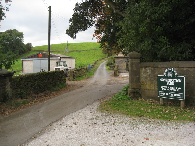 Slackhall - Entrance to Chestnut Centre