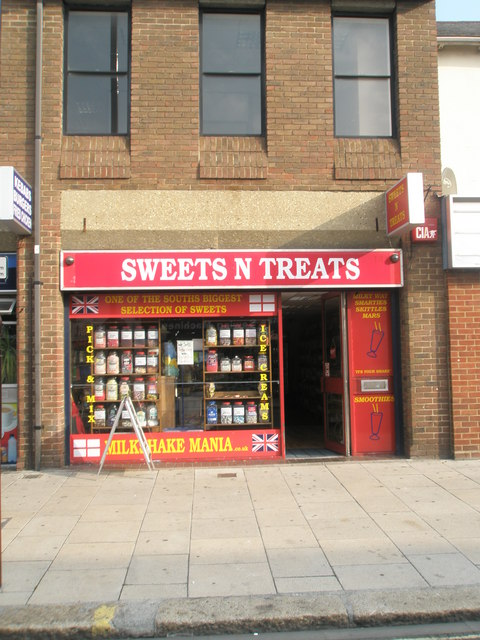 Sweets n Treats in West Street
