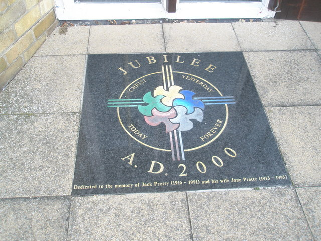 Millennium dedication in Fareham town centre
