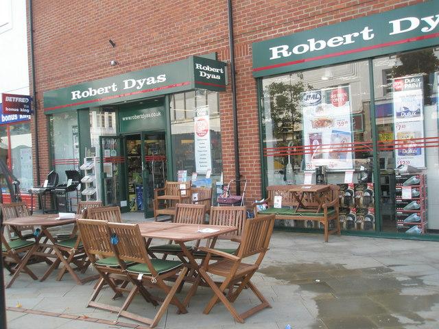 Robert Dyas in West Street