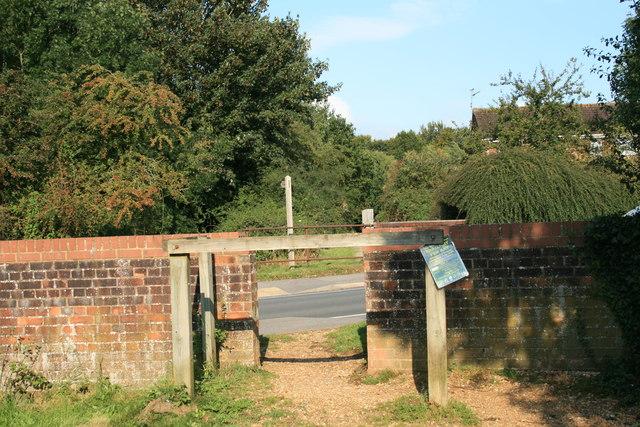 The Trailway, Blandford Forum crossing a road