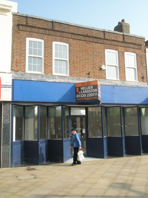 Shop to let in Fareham town centre