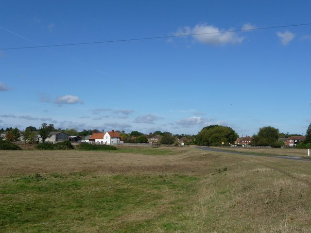 Dorney Common-The approach to Dorney Village