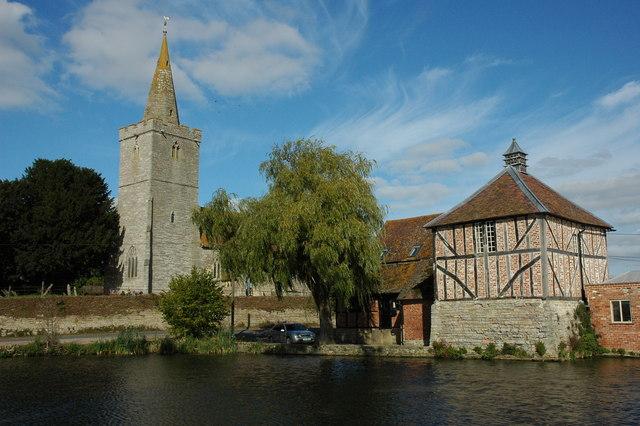 Staunton Church and dovecote at Staunton Court