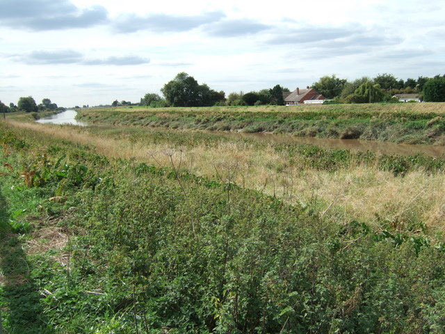 Bank of The River Nene near Wisbech