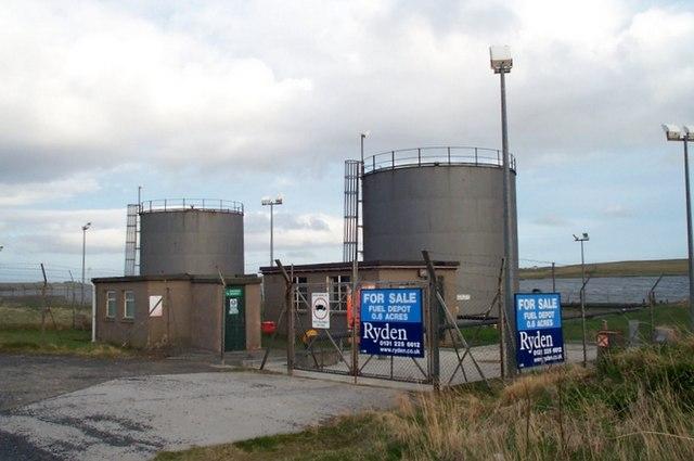 Bulk fuel installation at Baltasound pier