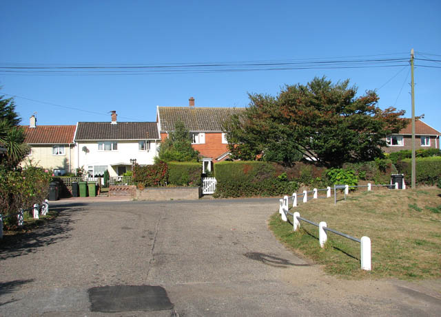Cottages in School Lane