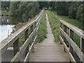 SK3899 : Elsecar Reservoir by Alan Murray-Rust