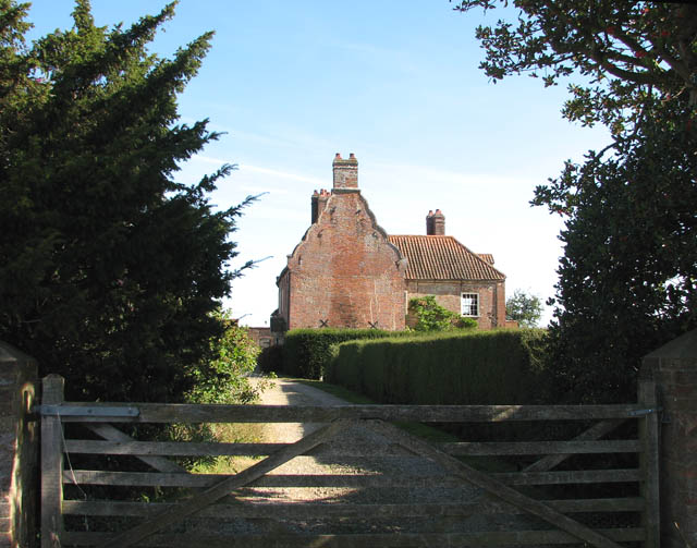 Driveway to Manor House Farm