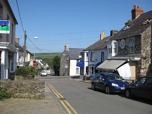 Crossroads in Trefdraeth/Newport