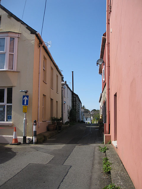 One way street, Trefdraeth/Newport