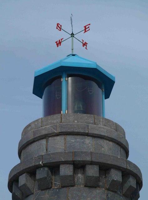 Teignmouth lighthouse light and weathervane