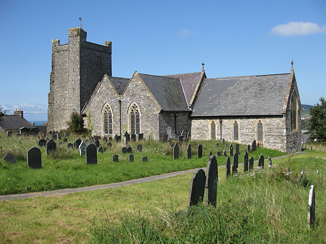 St Mary's, Trefdraeth/Newport