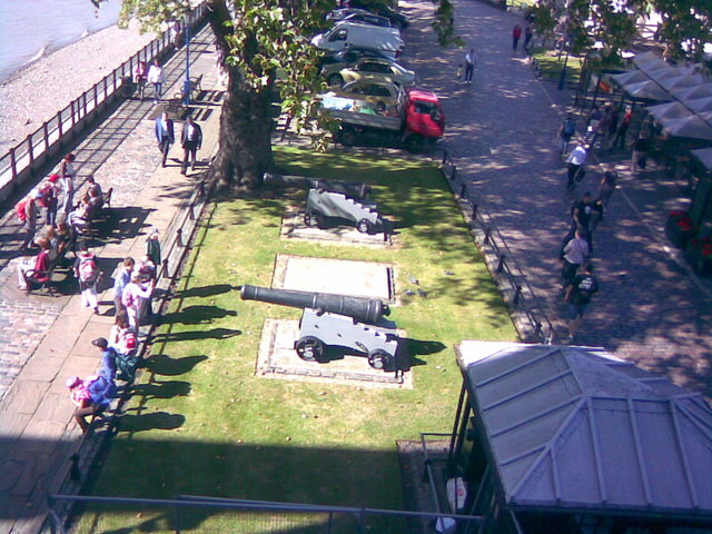 Cannons in front of the Tower of London
