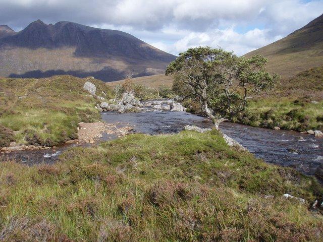 Abhainn Gleann na Muice confluence