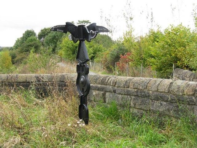 NCN 7 signpost at Lydgett's Junction