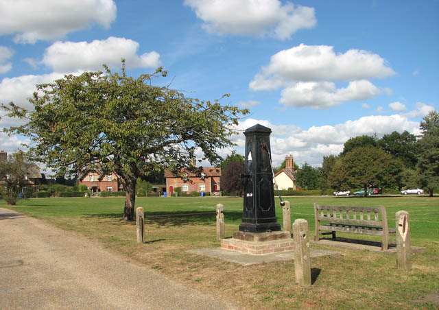 Somerleyton - the village green